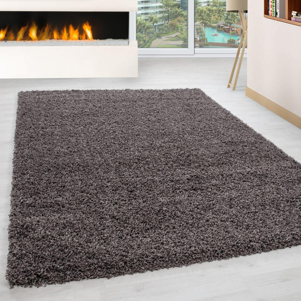 tappeto shaggy a pelo alto